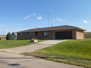 Featured image for the (SALE PENDING) Home FOR SALE in Platte Center, Nebraska auction.