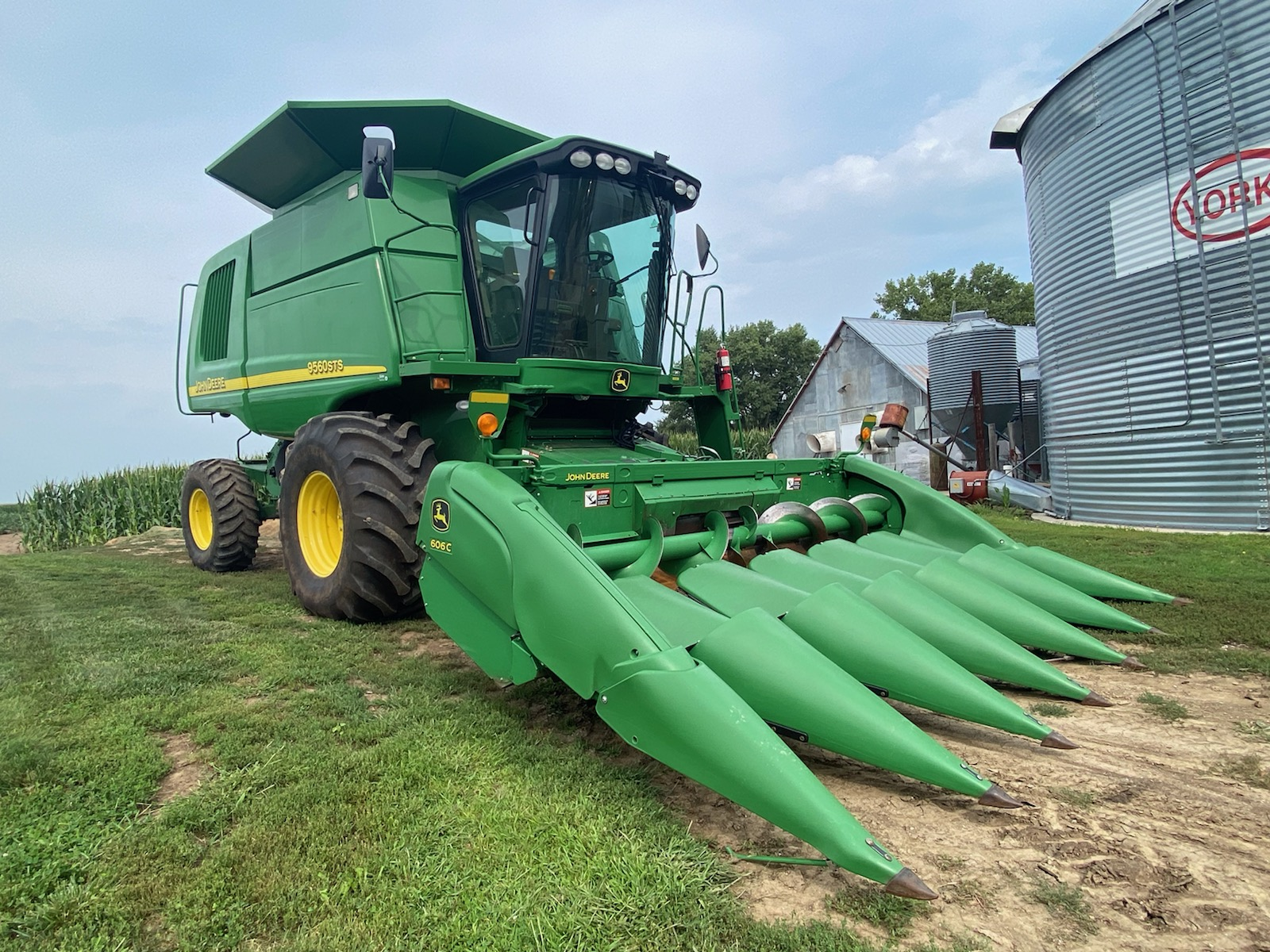 Featured image for the Gehring Farm Equipment Retirement Auction auction.