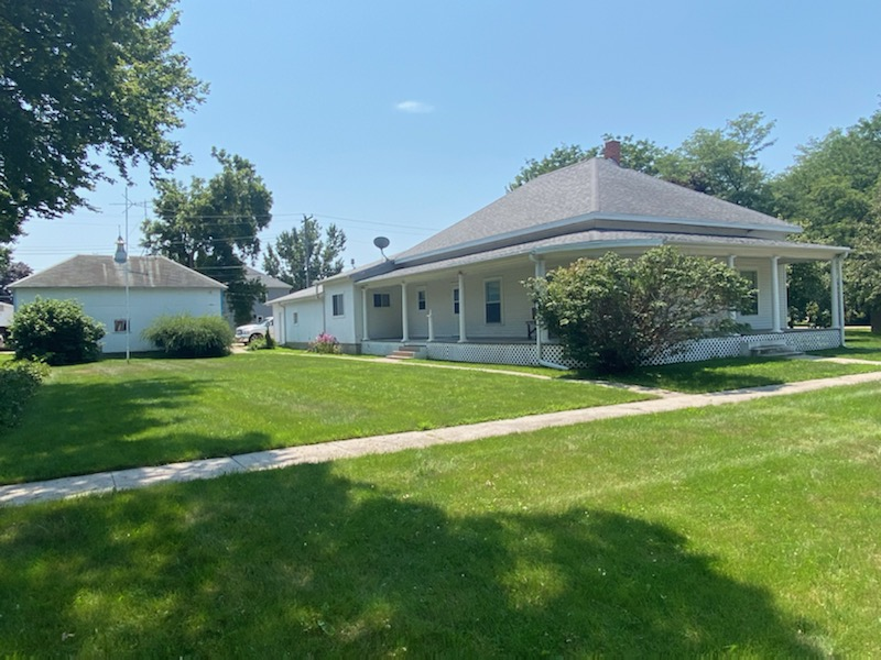 Featured image for the SALE PENDING: House in Bellwood, Nebraska!!! auction.